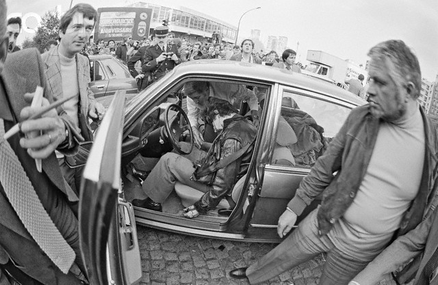 Mesrine vs broussard flickr photo sharing - Prefecture de police porte de clignancourt ...