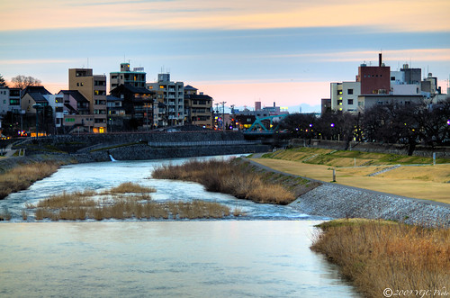 sky green yellow japan clouds river interestingness nikon randomness nikkor hdr kanazawa ishikawa d300 85mmf18 saigawa 犀川