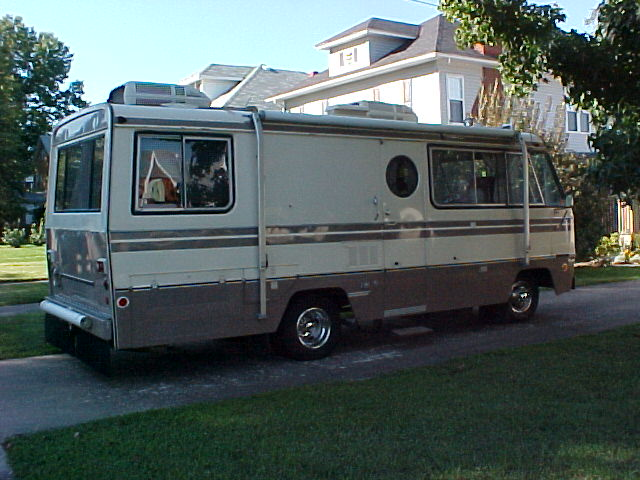 1971 Superior Motorhome http://www.flickr.com/photos/kurbmaster247/4556155776/