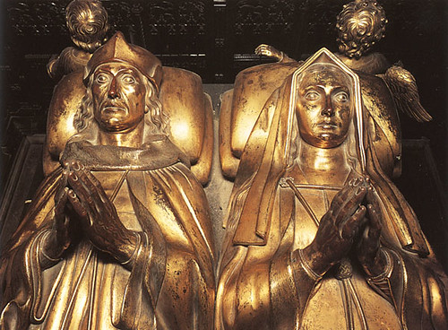 Tomb Effigies of Henry VII and Elizabeth of York Westminster Abbey London England