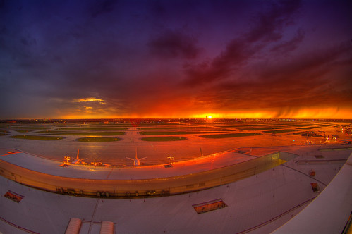 sunset storm pentax dallasfortworth handheld dfw freehand grandhyatt hdr terminalb 5xp 200906 k20d
