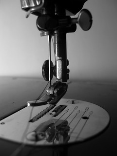 singer sewing needle | by frankieleon