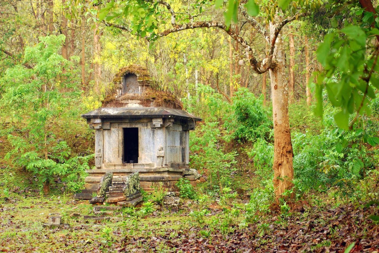 Sree Kaliswari Temple - Near Thirunelli