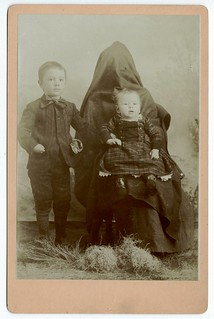 Creepy Hidden Mother ~Cabinet Card