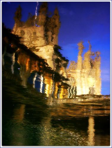 uk blue friends england color colour reflection water colors reflections bath colours friendship baths reflexions romanbaths explored expore outstandingshots dearflickrfriend stpetersabbey