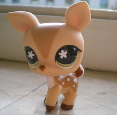Lps Deer Bye Bye Fm Me For Details The Alla Menta Flickr