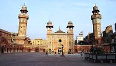 Lahore - Wazir Khan Mosque - Minarets