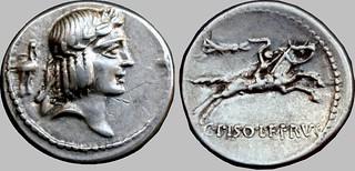 61BC 408/1 #0539-39 C.PISO L.F FRVGI Apollo horseman whip Denarius