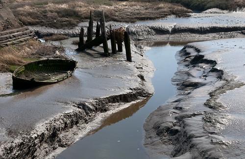 uk sea wales canon river eos coast boat mud britain cardiff estuary llanelli explore 5d wreck wfc burry carmarthen afon llannon canoneos5d explored ef24105f4l wentloog welshflickrcymru stevegarrington lliedi