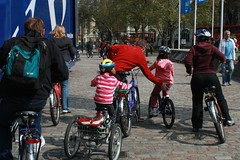 Fat Tire Bike Tours in London | Family Vacation Plans