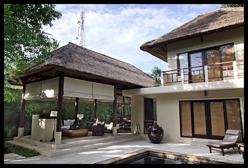Another example of a private villa, this one is from Bali, Indonesia.