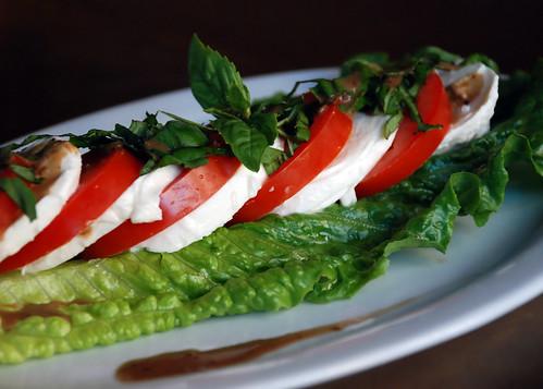 Caprese Salad : tomato mozzarella basil
