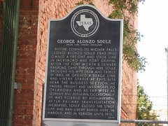 Photo of George Alonzo Soule and Lilla Soule black plaque