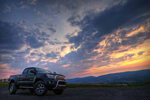 2005 sunset black clouds truck lens angle dusk sony wide pa toyota tacoma alpha dslr hdr jessup a300 α 1118mm dslra300 α300 dslra300k αlpha dslrα300 dslrα300k