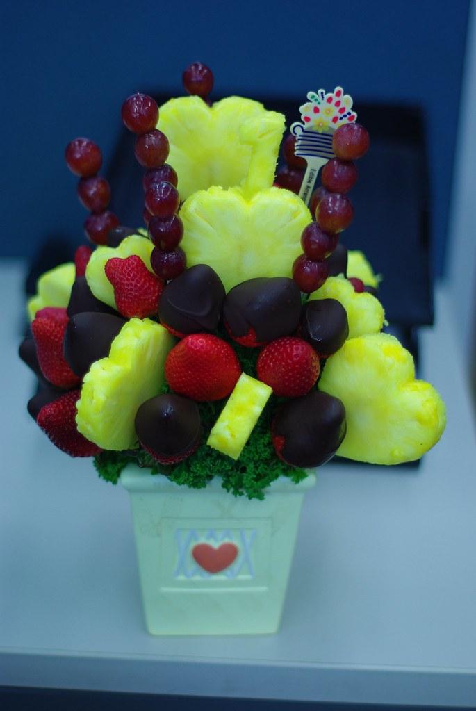 Edible Arrangements Fruit Bouquet Fruit Bouquet Black