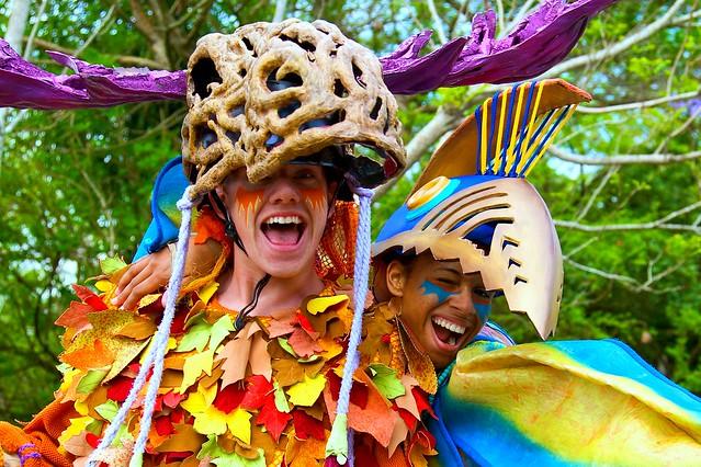 WDW April 2009 - Mickey's Jammin' Jungle Parade