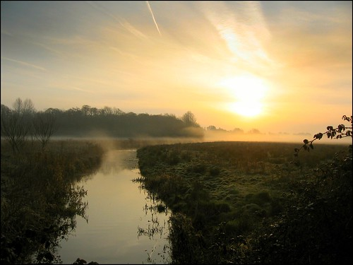 england mist sunrise norfolk marsh dyke chedgravecommon
