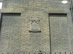 Photo of Henry Cavendish grey plaque
