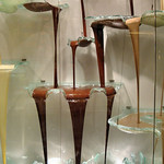 Bellagio Casino & Resort - Sculptural glass chocolate fountain