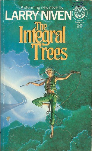 Integral Trees - Larry Niven - cover by Michael Whelan