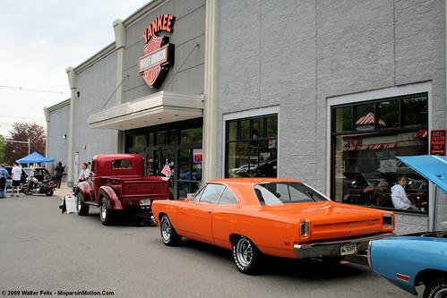 Yankee Harley-Davidson Mopar Show