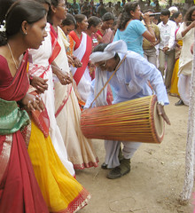 temple, tradition, folk dance, drum, hand drum, adult, skin-head percussion instrument,