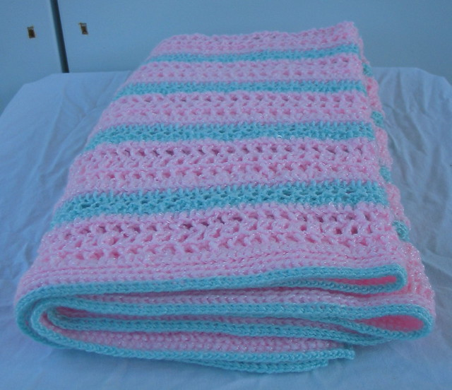 Easy Baby Blankets to Crochet | eHow.com
