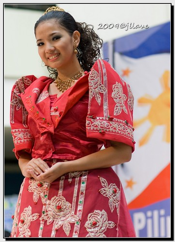 Philippine Traditional Dresses http://www.flickr.com/photos/jperthllave/3623815496/