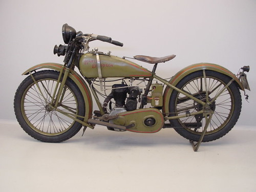 Harley Davidson 26-B (1926) s