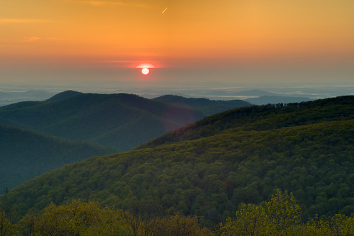morning sun mountains nature weather skyline clouds sunrise virginia nationalpark spring hills piedmont skylinedrive d300 shenandoahnationalpark snp usnationalparks thorofare mywinners thorofareoverlook