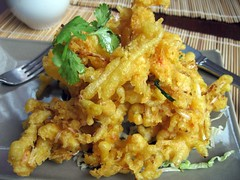 fried prawn(0.0), fish(0.0), seafood(0.0), produce(0.0), scrambled eggs(0.0), tempura(0.0), meal(1.0), breakfast(1.0), fried food(1.0), vegetarian food(1.0), pakora(1.0), food(1.0), dish(1.0), cuisine(1.0),
