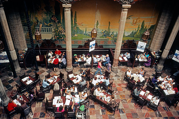 My life as a contact sheet 2003 2013 sanborn 39 s casa de for Sanborns azulejos restaurante