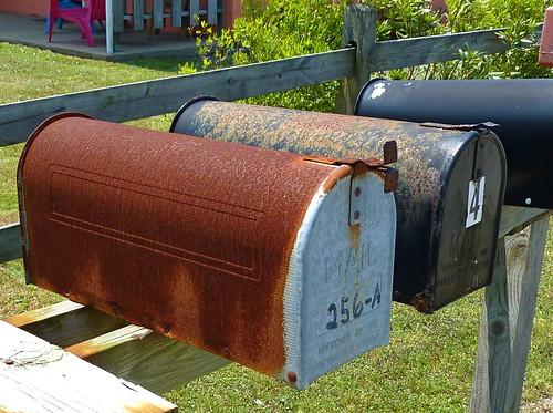 mailbox rust rusty postbox letterbox oldusedobjects altebenutztegegenstände
