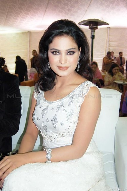 Veena Malik Wedding http://www.flickr.com/photos/37511997@N06/3474743656/