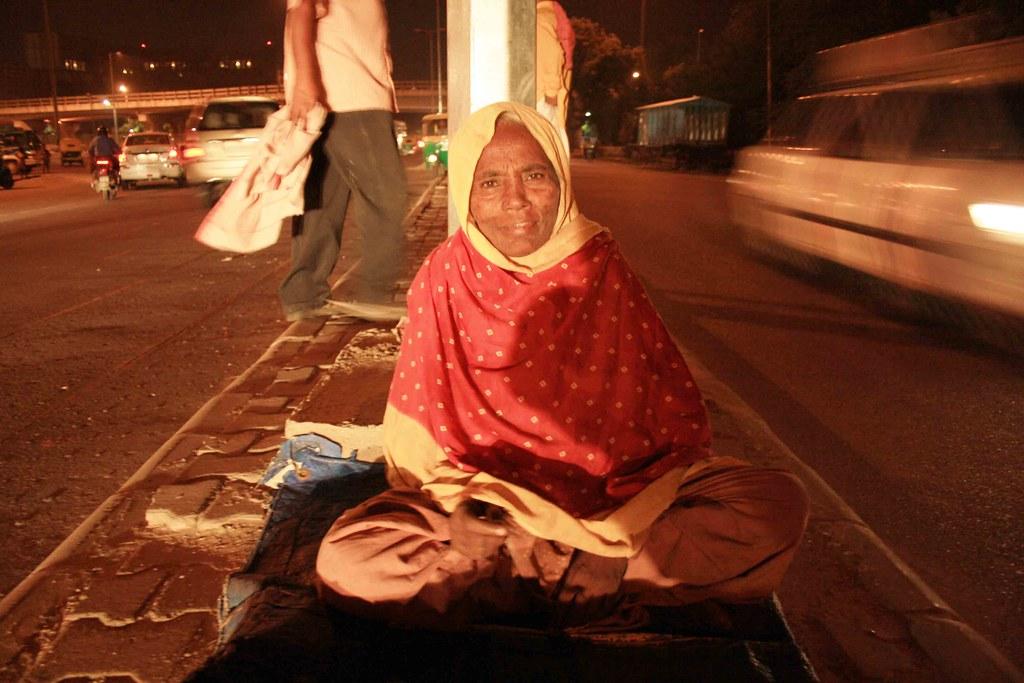 Mission Delhi – Noor Bano, Lodhi Road Divider