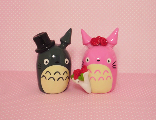 a custom Totoro wedding set