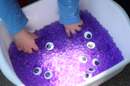 Monster Sensory Tub (Photo from I Can Teach My Child)