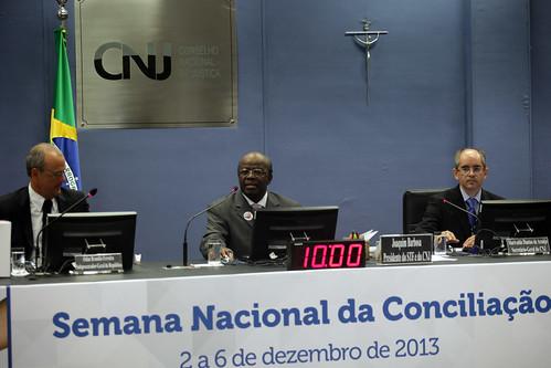Semana Nacional da Conciliação virou uma tradição, diz ministro Joaquim Barbosa