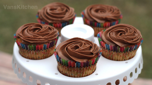 """Less-sweet"" cooked chocolate buttercream  frosting"