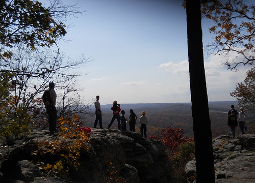 Golconda Job Corps students at overlook on Indian Point Trail in Garden of the Gods Wilderness, Illinois. (U. S. Forest Service/Kelly Pearson)