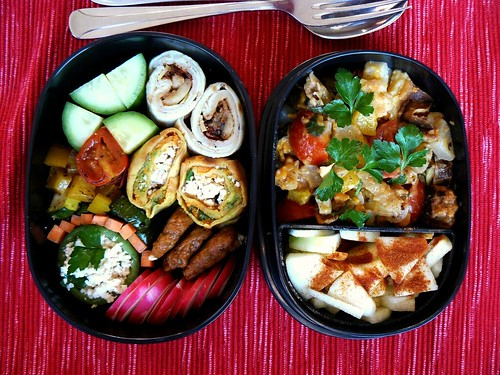 Bento: pancakes, vegetables and fruit