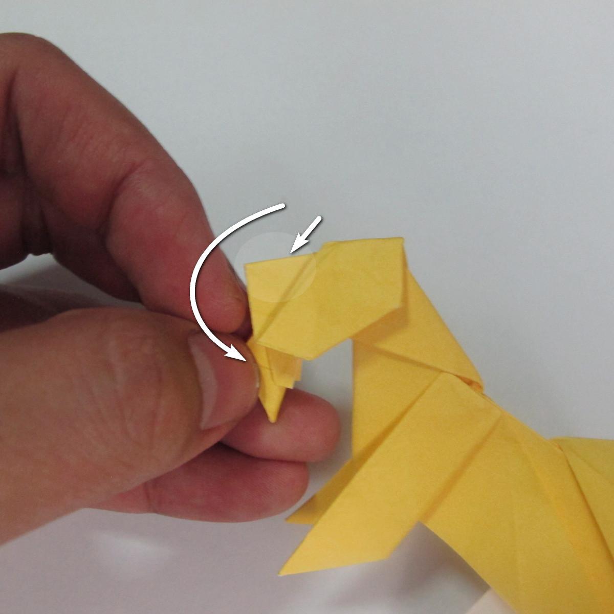 สอนวิธีพับกระดาษเป็นรูปลูกสุนัขยืนสองขา แบบของพอล ฟราสโก้ (Down Boy Dog Origami) 099