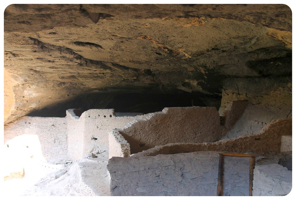 gila cliff dwellings caves