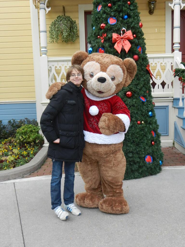Un séjour pour la Noël à Disneyland et au Royaume d'Arendelle.... - Page 3 13676875673_5f436c98d6_b