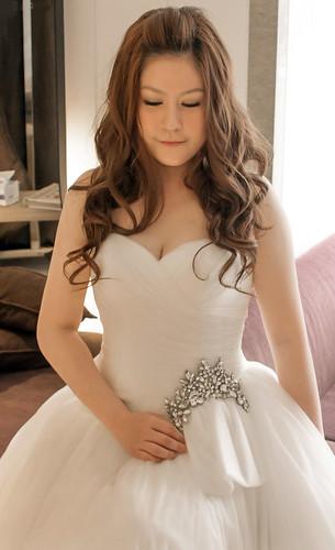 豐腴女孩也能挑到漂亮婚紗10