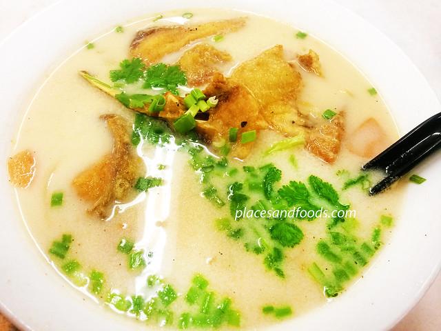 tayton fish head noodle