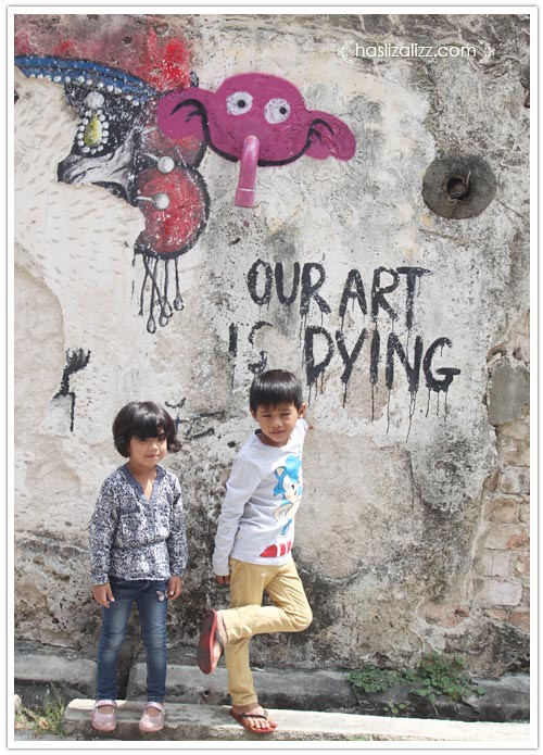13905697933 ae7538fa10 b jalan jalan di penang 2014 | lukisan dinding di penang (Penang Street Art)