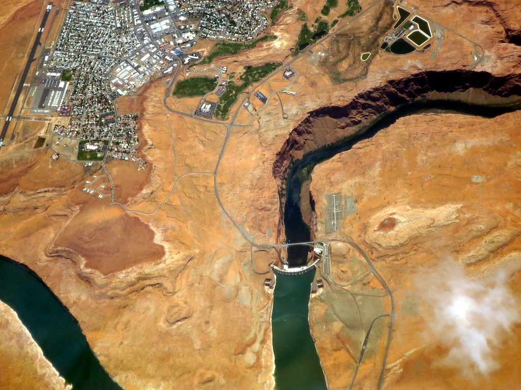 Lake Powell Dam and town of Page, Arizona