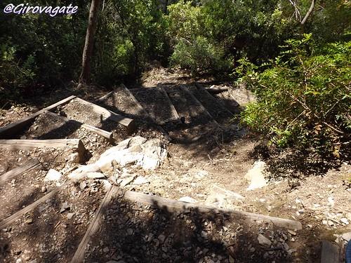 il sentiero verso Punta Corvo