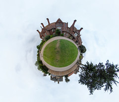Holkham Victoria Little planet
